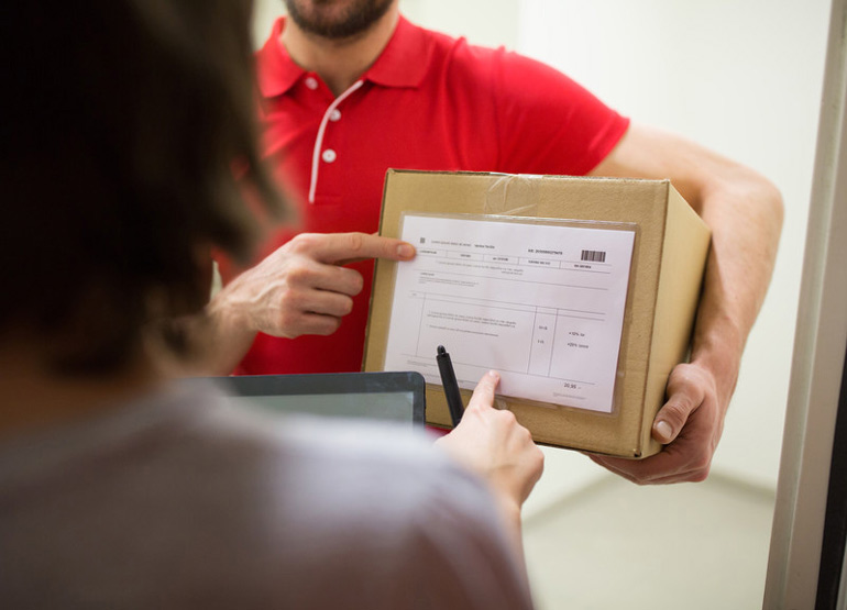 Invoicing Using a Courier Dispatch Software