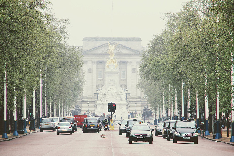 London UK Cars and Taxis